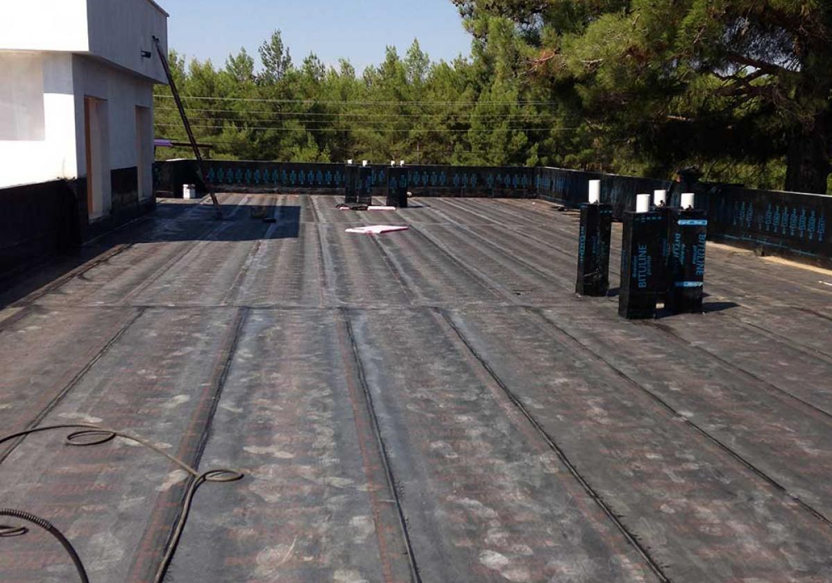 Lapostető vízszigetelése GV 45E-vel